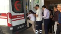 BAYRAM ZİYARETİ - 1. Kattan Düşen Bebek Yaralandı