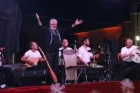 Kilis'te Esat Kabaklı Konseri