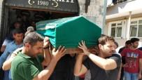 DERECIK - Körebe Oynarken 4. Katın Penceresinden Düşerek Ölen Çocuk Defnedildi