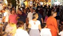 YERLİ TURİST - Nüfusu İstanbul'a Yaklaştı