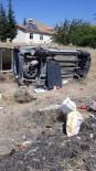 Otomobil Takla Atta Açıklaması 4 Yaralı