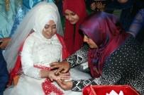 Yozgat'ta, Cumhurbaşkanı Erdoğan Sevdalısı Endonezyalı Geline Türk Usulü Düğün Yapıldı