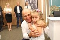BAYRAMLAŞMA - Başkan Akgün, Bu Bayramı Da Büyükçekmece Ailesi İle Geçirdi