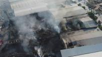 DEKORASYON - Büyük Yangının Zararı Havadan Görüntülendi