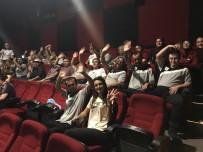 CEMİL MERİÇ - Cemil Meriç Öğrencileri Öğretmenleri İle Film İzledi