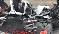 Erzincan'da katliam gibi kaza: 7 ölü, 3 yaralı