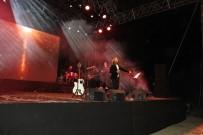 SONER KIRLI - Fettah Can'dan Muhteşem Konser