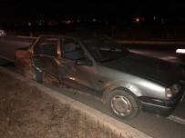İki Otomobil Kavşakta Çarpıştı Açıklaması 3 Yaralı