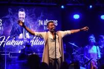 HAKAN ALTUN - Özlem Yıldız, 41'İnci Yaşını Hakan Altun Sahnesinde Kutladı