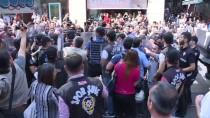 GALATASARAY MEYDANI - Taksim'de İzinsiz Gösteriye Polis Müdahalesi