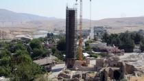 611 Yıllık Minare Yeni Yerine Taşınıyor