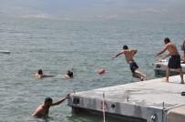 Çıldır Gölü Ege Sahillerini Aratmıyor