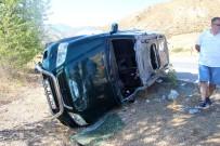 BAYRAM ZİYARETİ - Sivas'ta Otomobil İle Pikap Çarpıştı Açıklaması 5 Yaralı