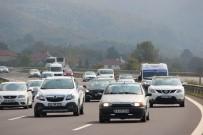 BOLU DAĞı - Tatilciler Dönüş Yoluna Geçti, TEM'de Yoğunluk Oluşturdu