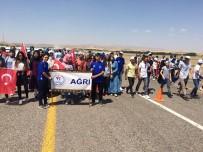 Ağrı Gençlik Hizmetleri Ve Spor İl Müdürlüğünden 500 Kişi Malazgirt'teki Programa Katıldı