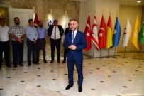 BAYRAMLAŞMA - Başkan Ertürk, Belediye Çalışanlarıyla Bayramlaştı