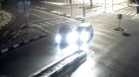 AŞIRI HIZ - Manisa'da Trafik Kazaları Şehir Polis Kamerasında