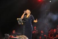 SONER KIRLI - Muş Malazgirt Zaferi'nin 947'Ncı Yıl Dönümü Etkinlikleri 'Zara' Ve 'İmera' Konseri İle Sona Erdi