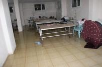 Nusaybin'de Kanalizasyon Borusu Patladı Evleri Su Bastı