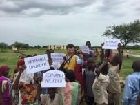 KARAKÖY - Reyhanlı İyilik Der Afrika'da Kurban Dağıttı