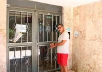 BIBER GAZı - Rus Gelinden Antalya Polisine Teşekkür