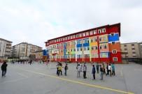 SULTANGAZİ BELEDİYESİ - Sultangazi Belediyesi'nden Okullara Destek