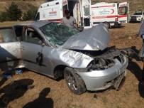 Tokat'ta Bayram Dönüşü Kaza Açıklaması 5 Yaralı