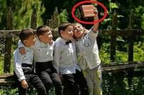 Tuğla İle Selfie Yapan Çocukların Hayali Gerçek Oldu