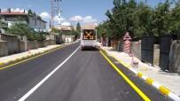 DOĞALGAZ HATTI - Tuşba Belediyesi Asfalt Çalışmasını 2 Koldan Yürütüyor