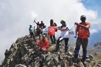 GÖLLER - Adanalı Dağcılar Kaçkar Dağı Zirvesine Çıktı