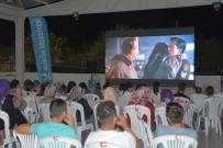 PATLAMIŞ MISIR - Aliağa'da Film Keyfi Tam Gaz