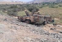 Hakkari'de askeri araç devrildi: 2 şehit, 7 yaralı