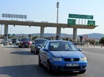 EMNİYET TEŞKİLATI - Bayramda Çeşme'ye 342 Bin 442 Araç Giriş Yaptı