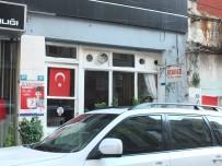 ABDURRAHMAN ÖZ - Berber Dükkanının Tavan Kaplaması Çöktü Açıklaması 3 Yaralı