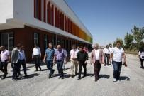 DEKORASYON - Büyükşehir Belediyesi Meslek Akademisiyle İstihdama Destek Oluyor