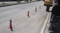 TRAFİK KANUNU - Duba İle Usulsüz Yol Kapatanlara 488 TL Para Cezası