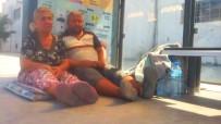 HAMZA DAĞ - Engelli Oğluyla Durakta Yatan Annenin Yardım Çığlığına Binler Ses Verdi