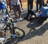 Gercüş'te Kamyonet İle Motosiklet Çarpıştı Açıklaması 2 Yaralı
