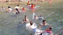 GENÇ LİDERLER - Hayata Smaç Projesinde Öğrencilerin İlk Deniz Keyfi