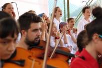 Hayratlı Ve Kadıköylü Çocuklar Birlikte Konser Verdi