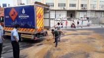 HALKALı - Küçükçekmece'de Yola Sülfürik Asit Döküldü