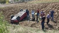 DERECIK - Mezar Ziyaretine Giderken Kaza Yaptılar Açıklaması 2 Yaralı