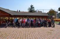 HÜSEYIN DOĞAN - 12 Çocuğa Bisiklet Hediye Edildi