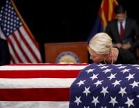 BEYİN KANSERİ - ABD'li Senatör Mccain İçin Cenaze Töreni