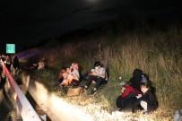 Arıza Nedeniyle Emniyet Şeridinde Duran Otobüse Kamyon Arkadan Çarptı Açıklaması 1 Ölü 4 Yaralı