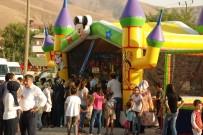 Bitlis'teki Park Açılışında Çocuklar Tarafından İzdiham Yaşandı
