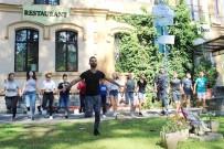TÜRK BİRLİĞİ - Burhaniyeli Gençler Romanya'da Oyun Eğitimi Verdi
