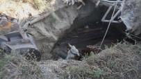 Çankırı'da Fosseptik Çukuruna Düşen İnek Kurtarıldı
