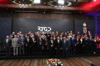 MEDYA KURULUŞLARI - Cumhurbaşkanı Erdoğan Açıklaması 'Manşetlerle, Kalemşörlerle Çarpışarak Bu Günlere Geldik'