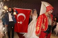 İlginç Düğün Açıklaması Yeniçerilerle Salona Girdiler, Dondurma Kestiler